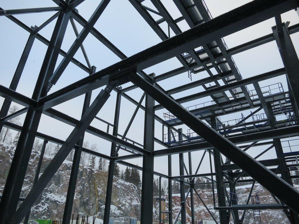 steel warehouse site with steel erectors insurance