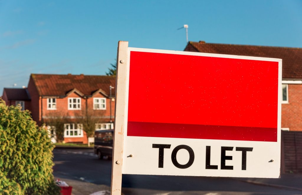 To let sign outside of UK houses