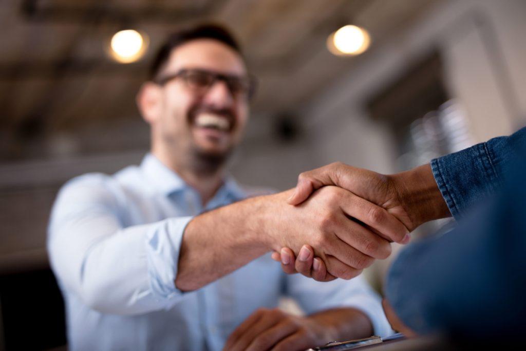 handshake insurace